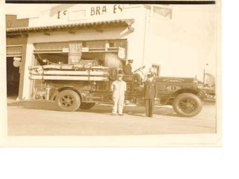 1922 Seagraves Tire Change