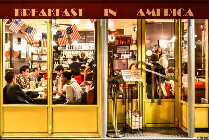 Book Signing: Craig Carlson, author of Pancakes in Paris: Living the American Dream in France